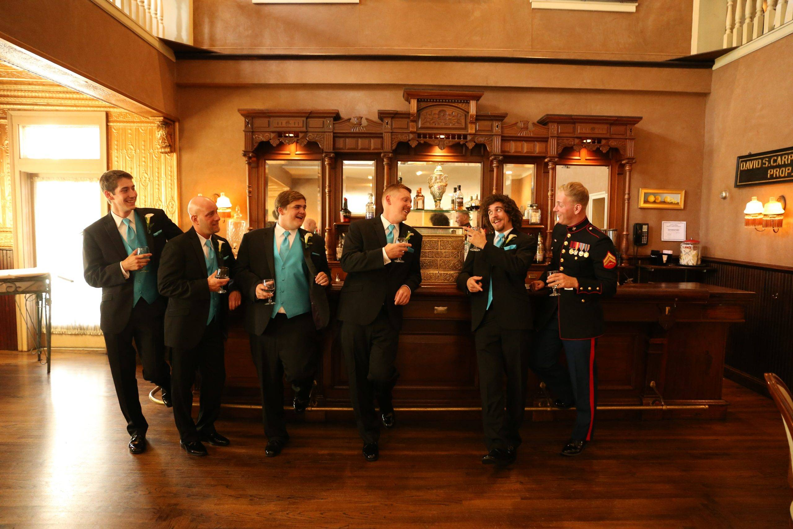 David's Country Inn grooms at the bar