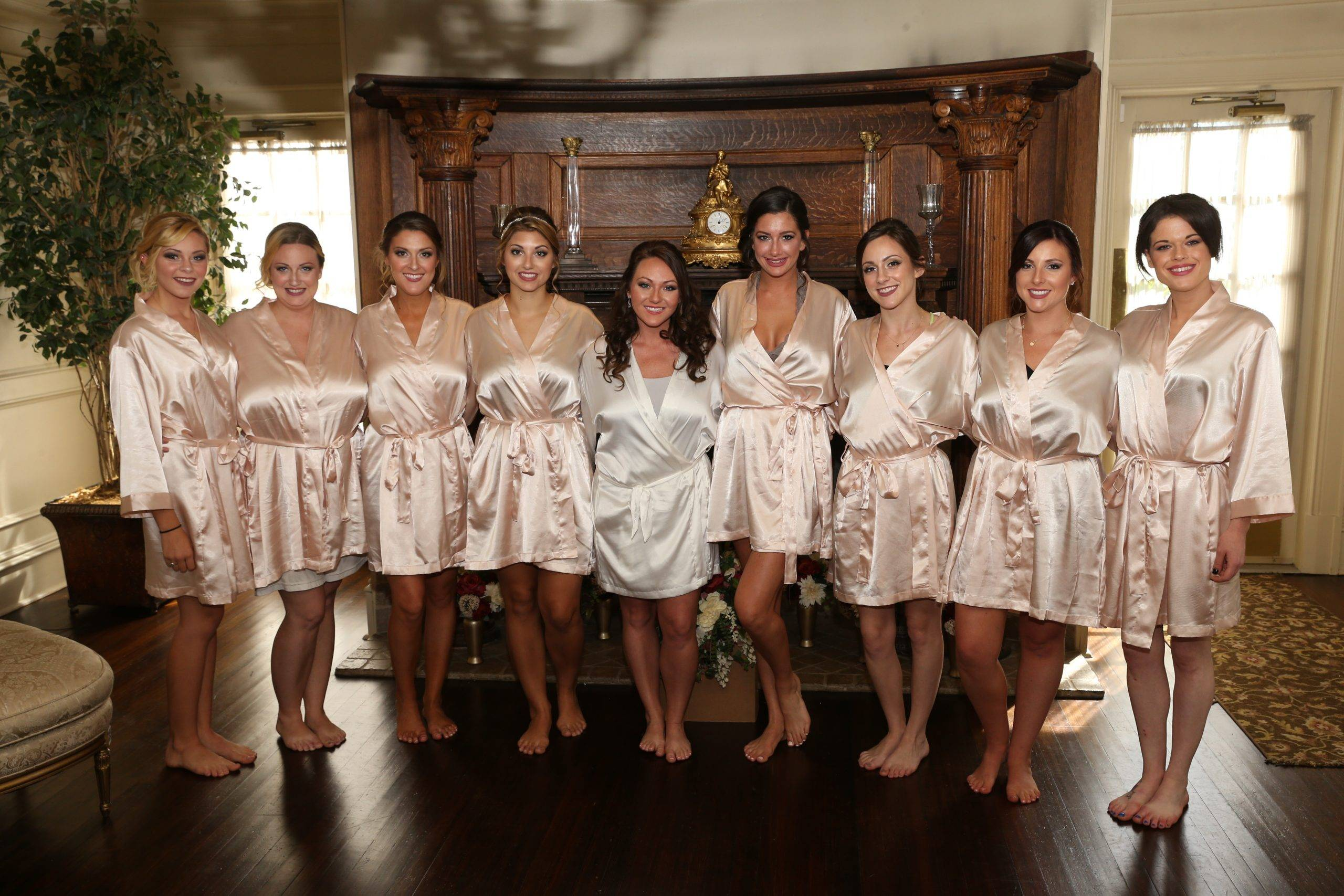 Park Savoy bride and bridesmaids getting ready