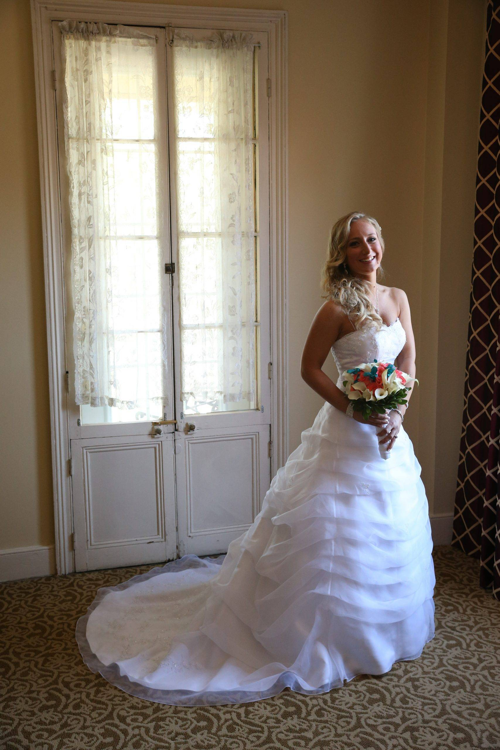 David's Country Inn bride ready for her wedding