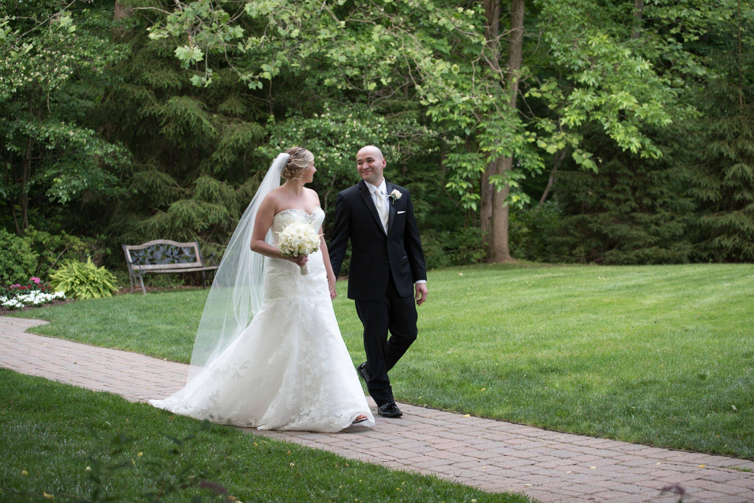 Olde Mill Inn outdoor wedding couple