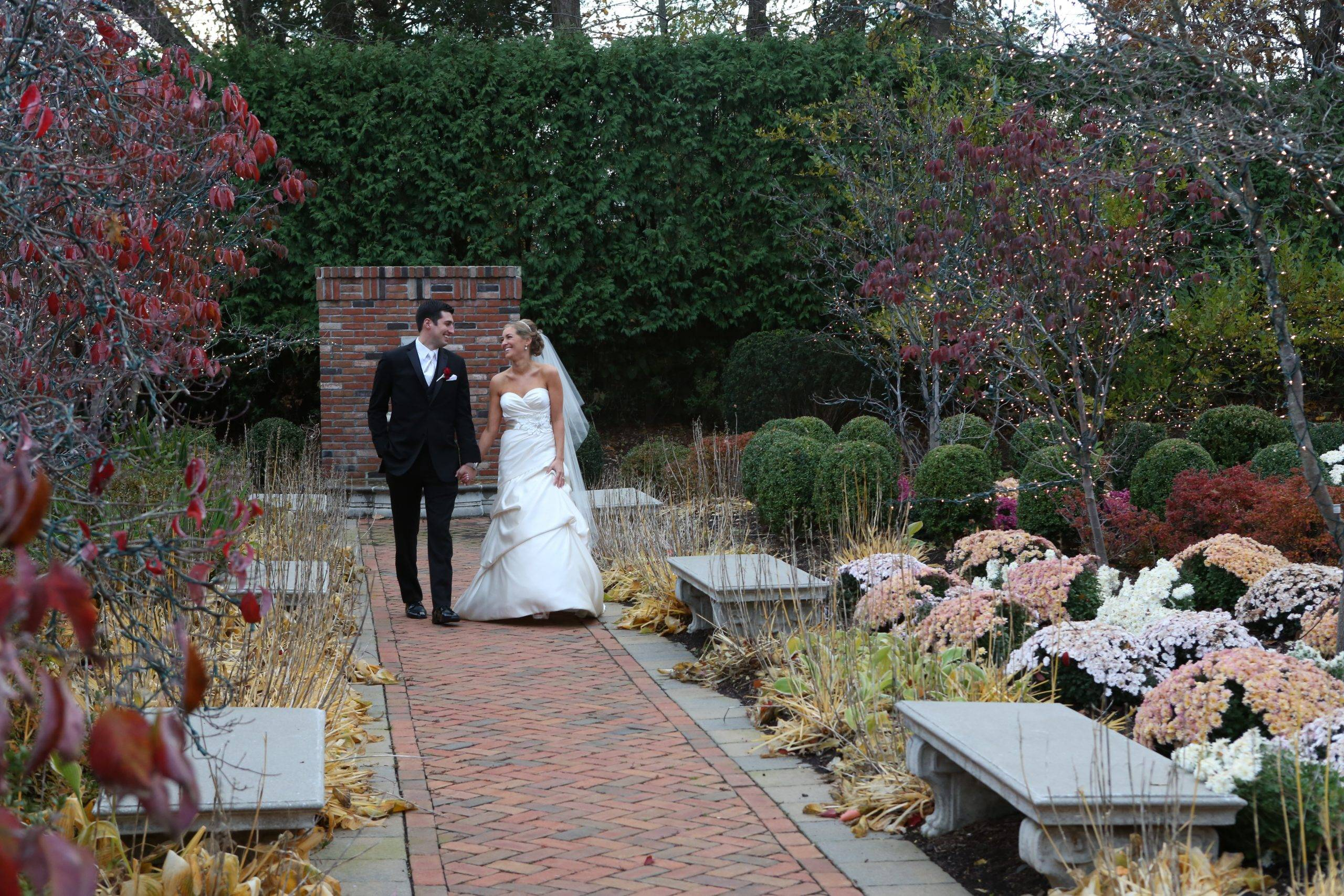 Florentine Gardens bride and groom in gardens