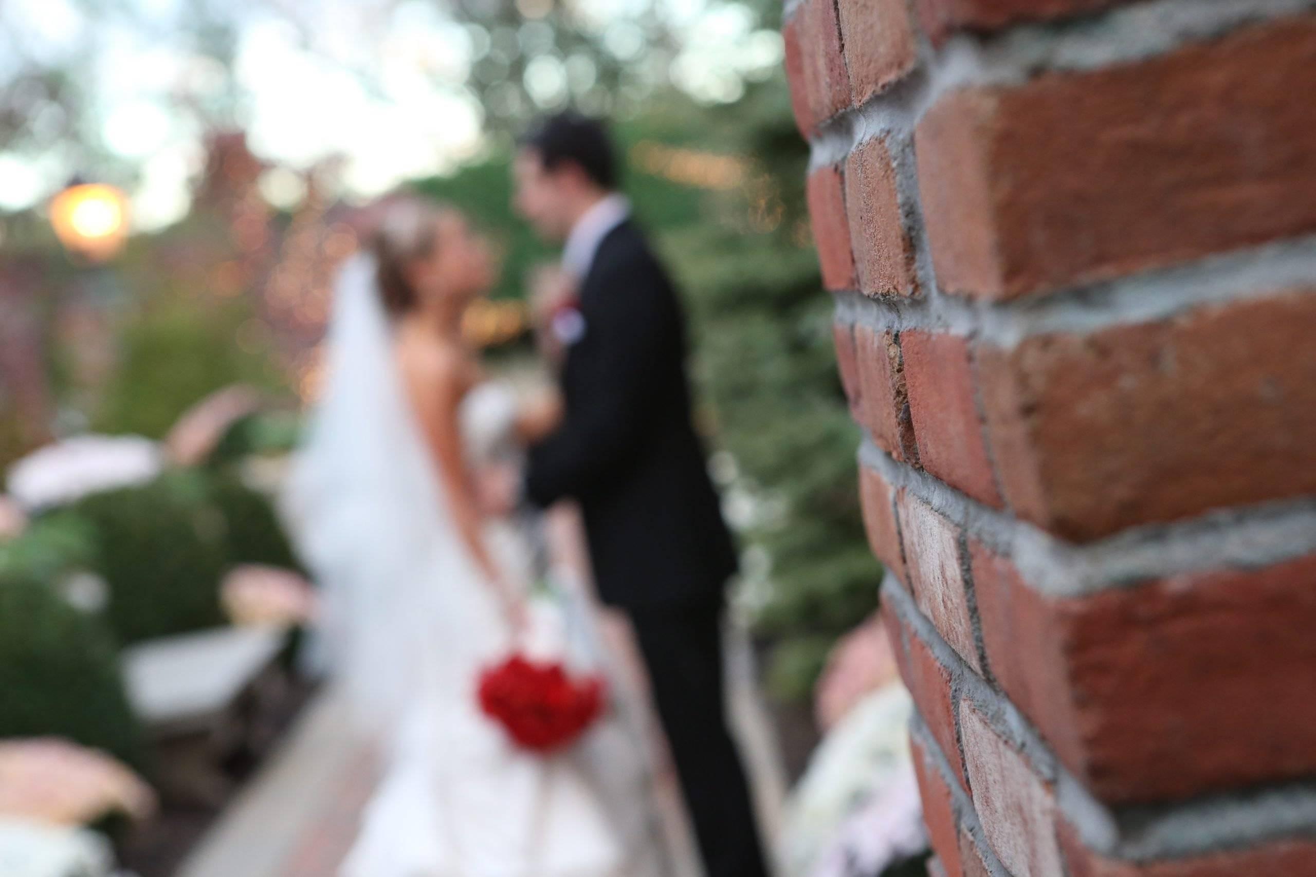 Florentine Gardens bride and groom