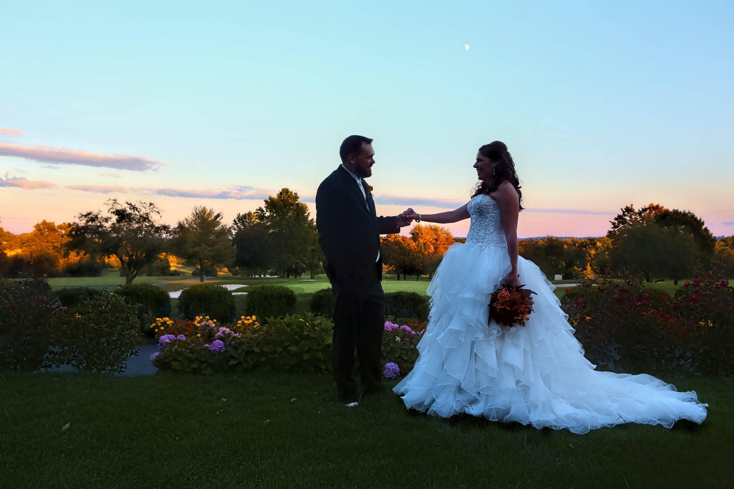 Basking Ridge CC wedding couple at sunset