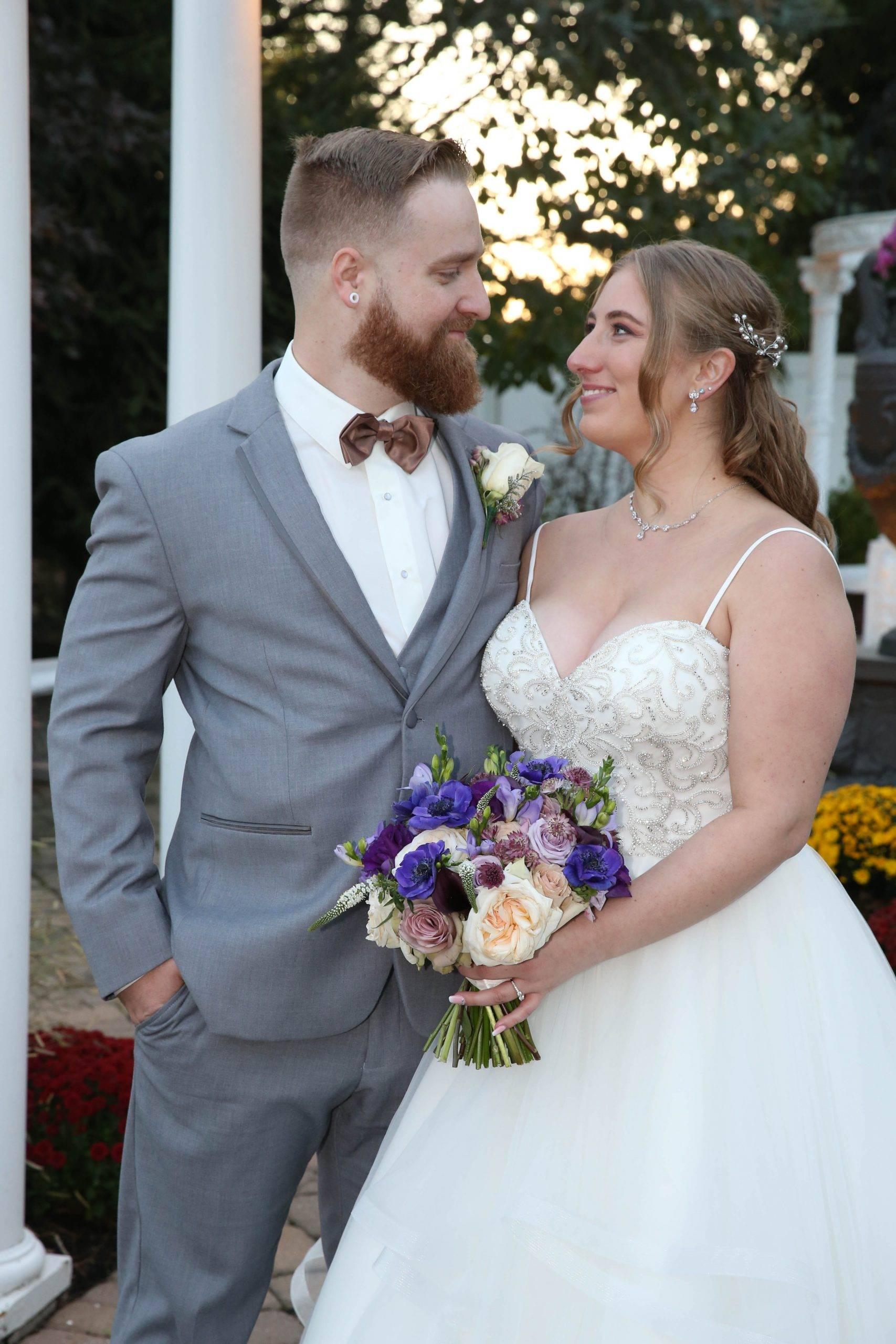 Primavera Regency bride and groom