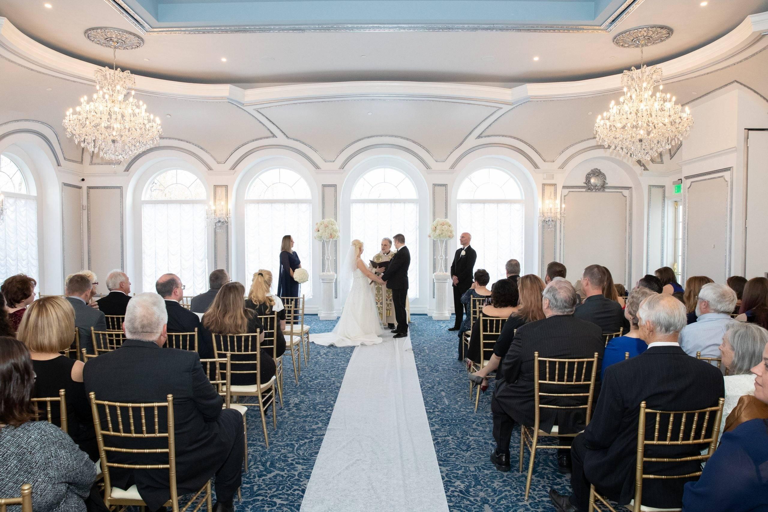 Meadow Wood indoor wedding ceremony