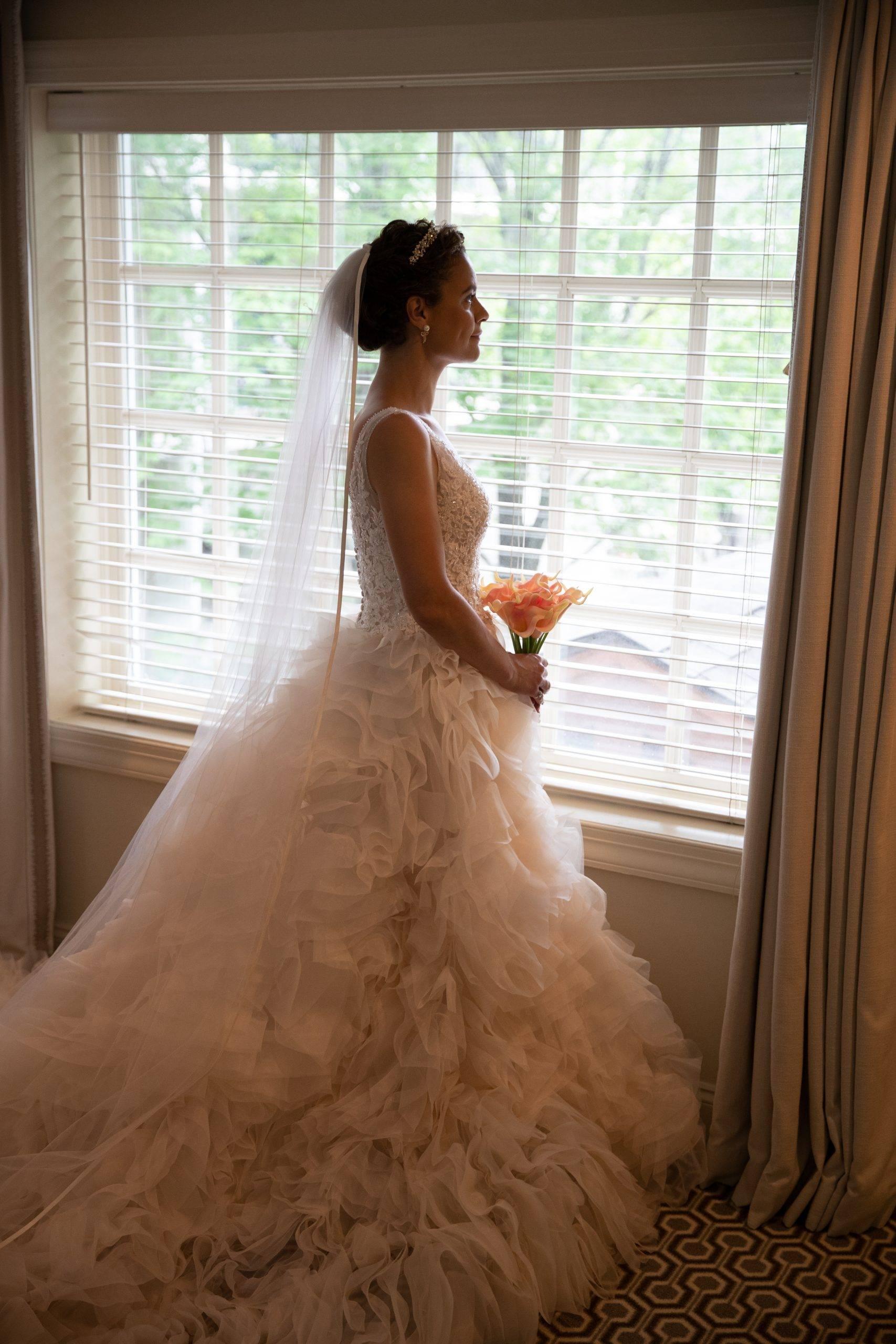 Olde Mill Inn bride ready for her wedding
