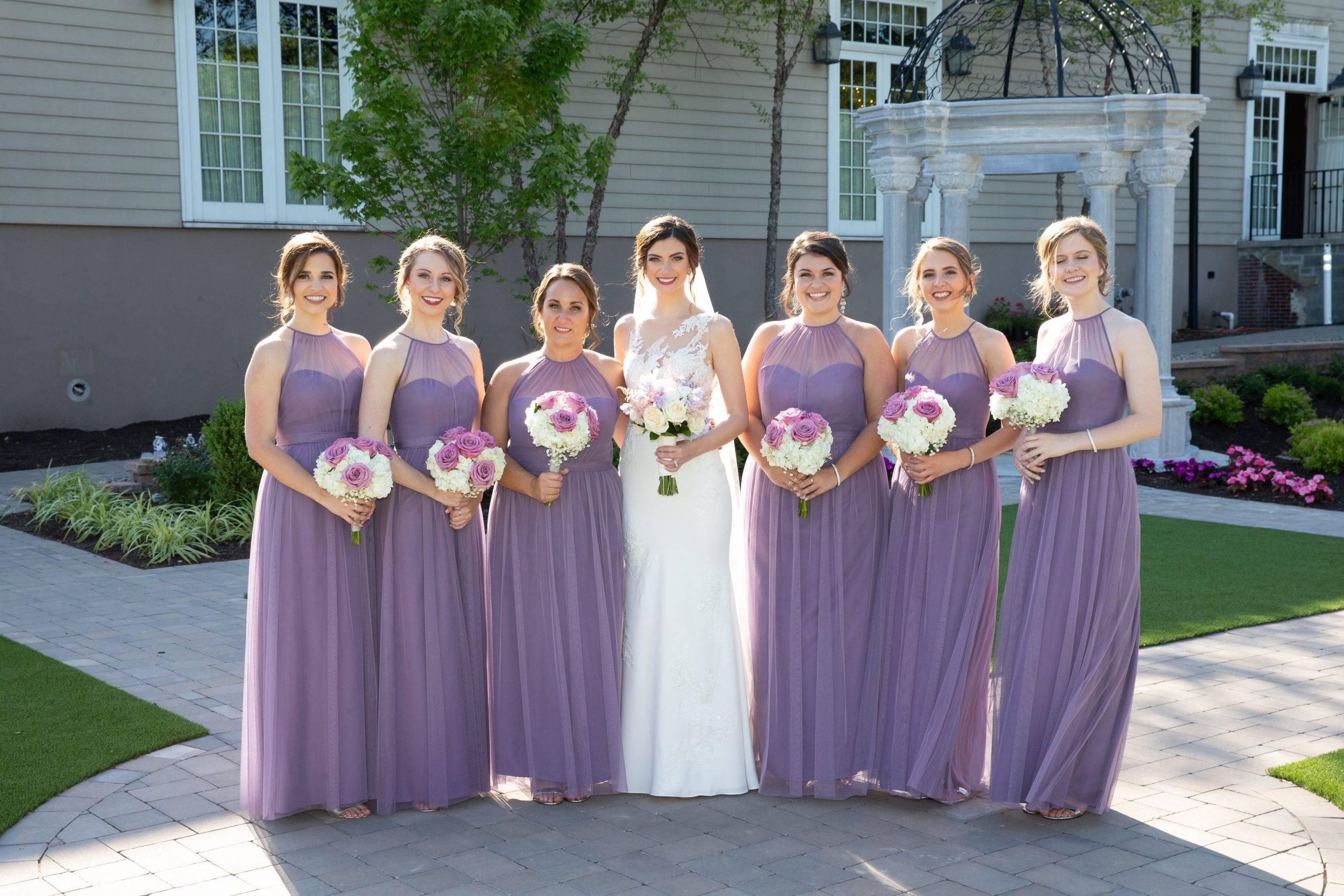 Meadow Wood bride and bridesmaids