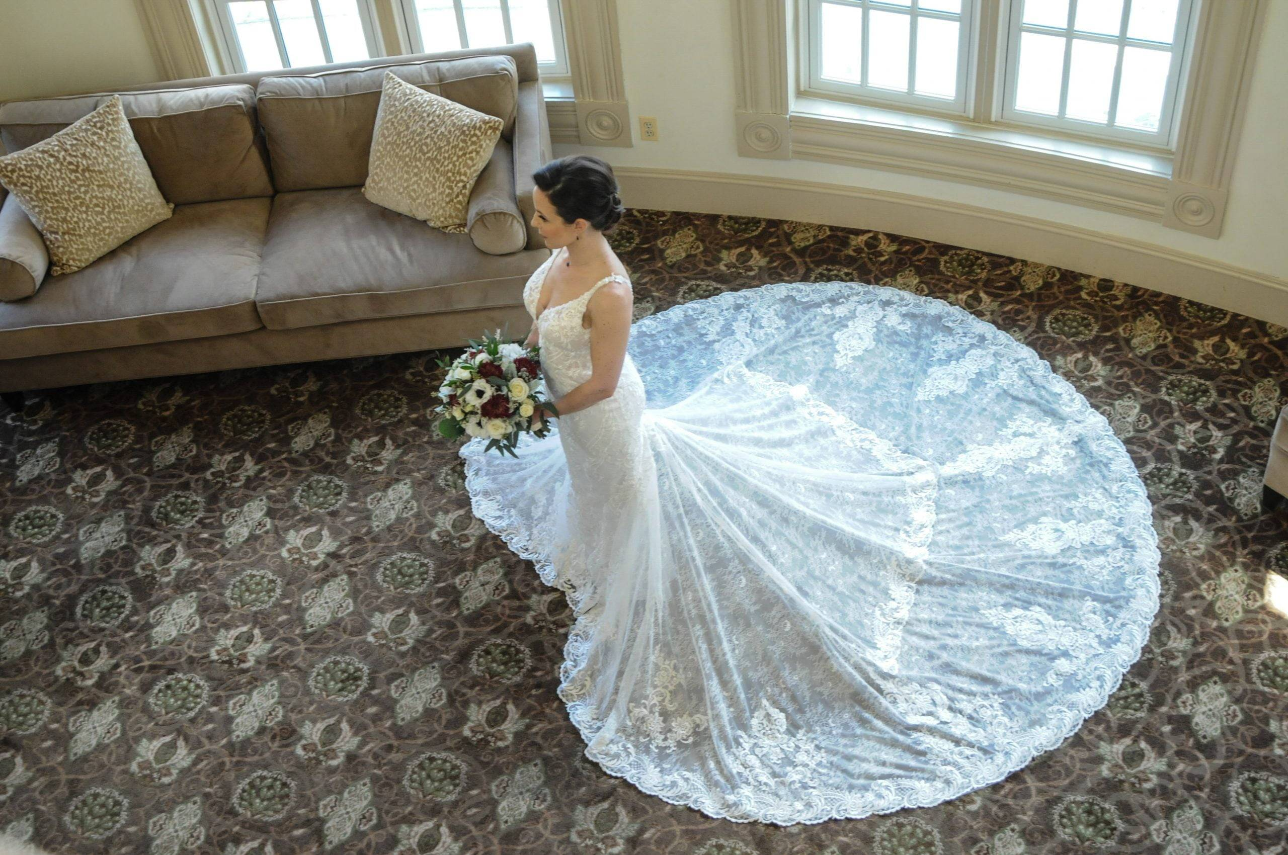 Olde Mill Inn bride from above